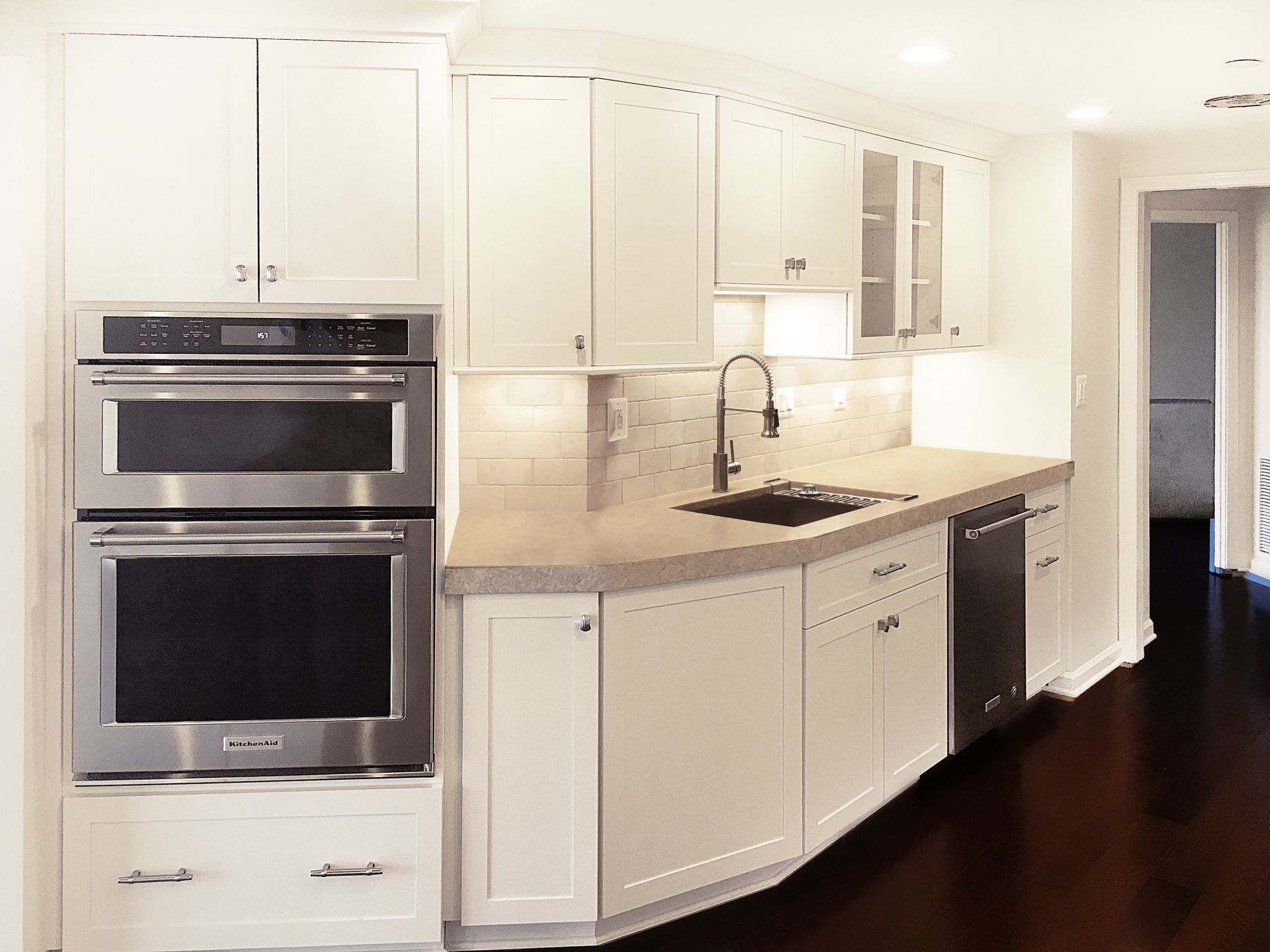 Learn About Our Kitchen Remodeling Services.
