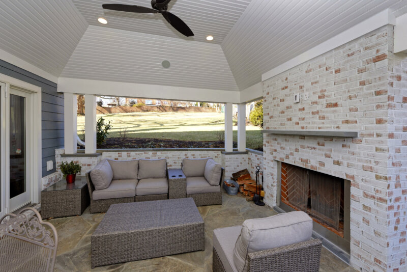 Patio fireplace by MBRG