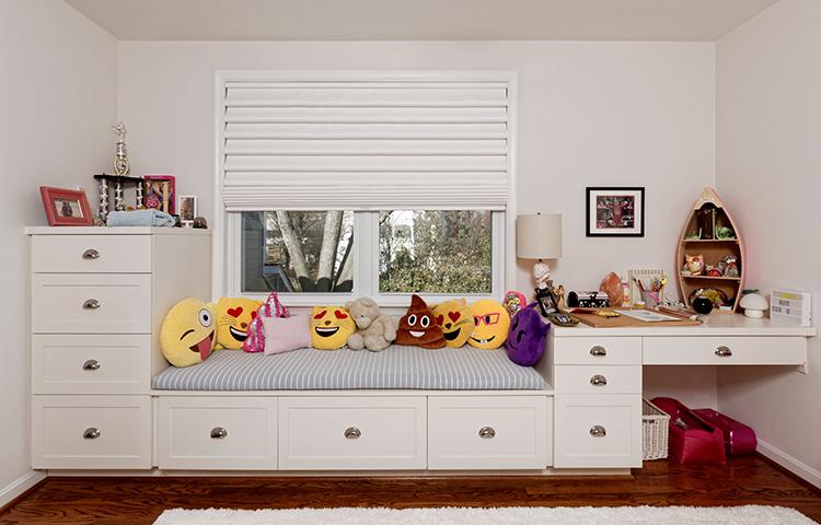 Child's bedroom study space