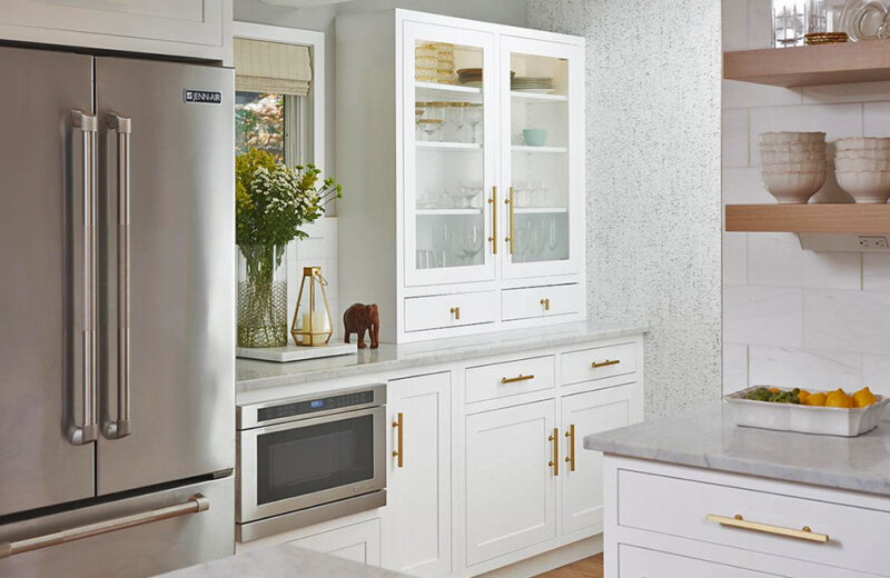 glass-front white kitchen cabinetry